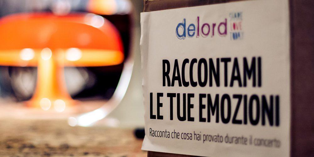 """Christian Carlino DeLord, pianista nato a Modena. Definito dalla stampa """"eclettico ed onirico"""" per il suo stile musicale che lascia sognare. Pianista italiano contemporaneo, esplora la musica ed il mondo dell'arte a 360° spaziando dalla musica, alla scrittura per passare alle opere d'arte. Realizza anche lampade luminose basate sulla cromoterapia. Un gioco di suoni e colori."""