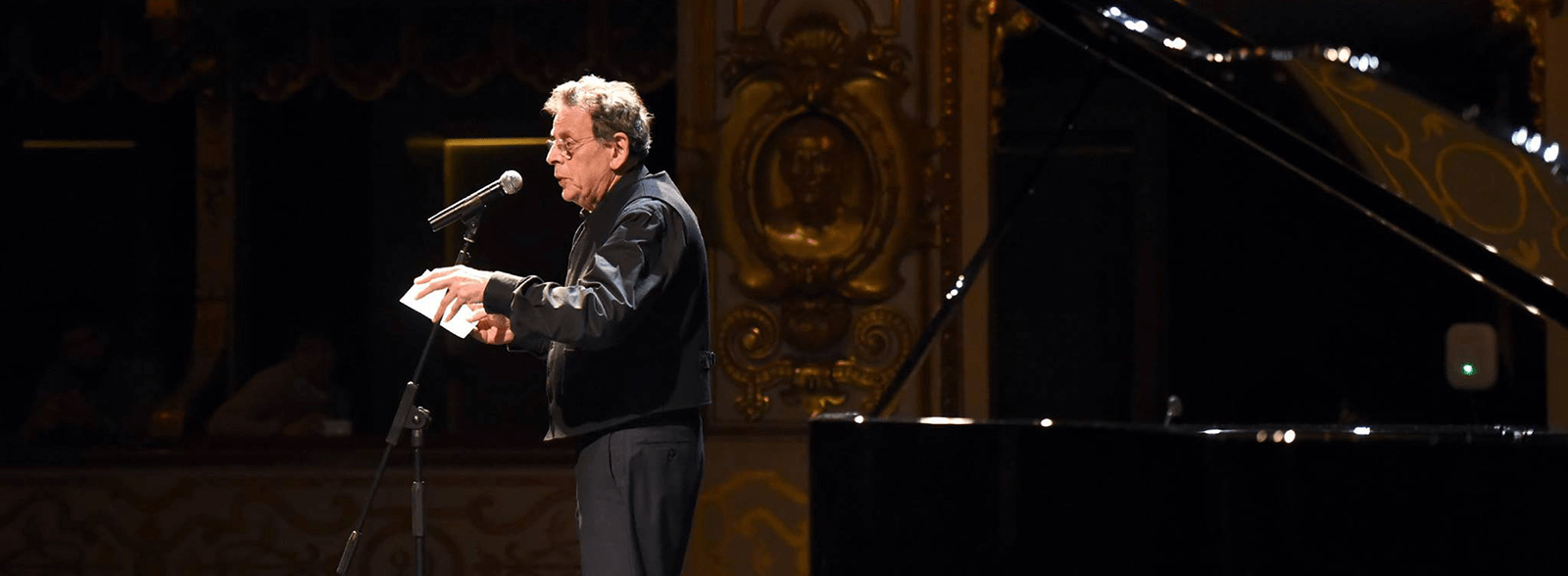 PHILIP GLASS, ETUDES: PIANO STUDIES WILL BE THE MOST PLAYED IN THE FUTURE.